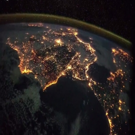 ¡Good Night! and #HappyWeekend Spain from Space... Footage courtesy of ESA/NASA